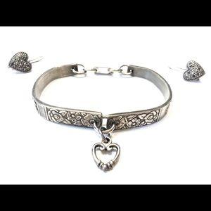 Jewelry - 💎🖤Antique Silver Heart Bracelet Earring Set 🖤💎